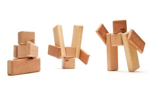 由於木块带有磁性,可不能让儿童放进嘴里了,据生产商家介绍, 如果吞